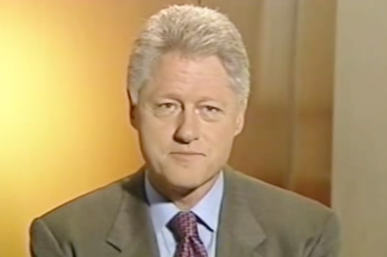 President Clinton honors Ira Leesfield on receiving the ADL Jurisprudence Award